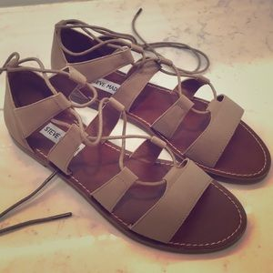 Steve Madden cut out/tie up flats